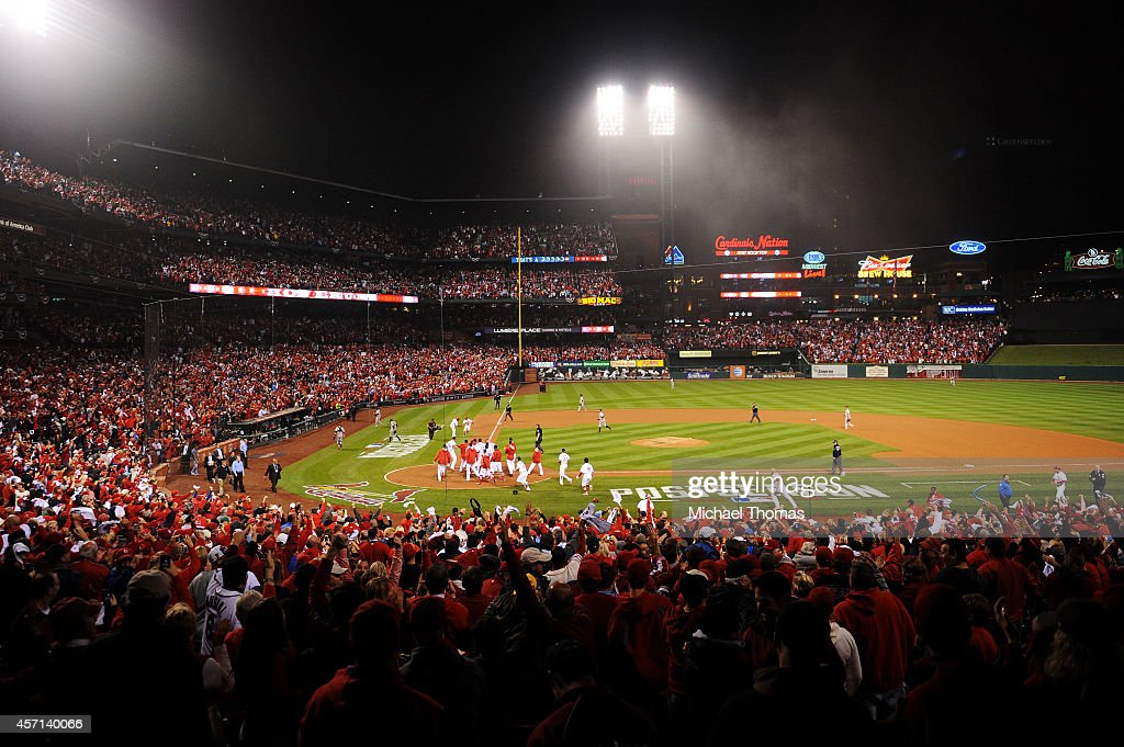 The St. Louis Cardinals celebrate their 5 to 4 win over the San Francisco Giants during Game Two of the National League Championship Series at Busch Stadium on October 12, 2014 in St Louis, Missouri.