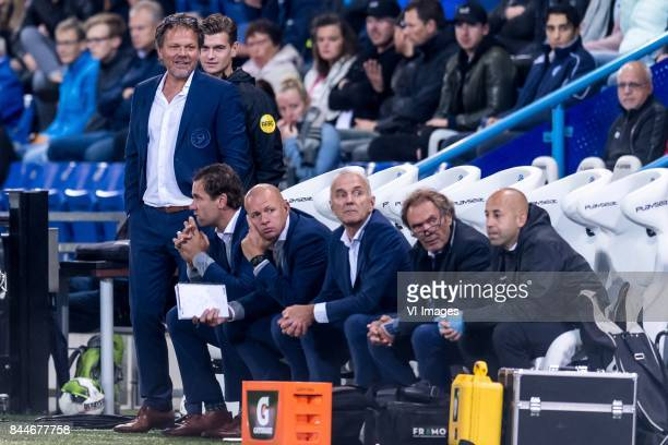 the staff of De Graafschap Coach Henk de Jong of De Graafschap assistent coach Sandor van der Heide of De Graafschap during the Jupiler League match...