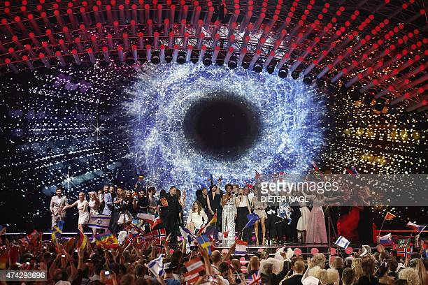 The stage is crowded with the winners of the second semifinal of the Eurovision Song Contest on May 21 2015 in Vienna The final of the 60th...