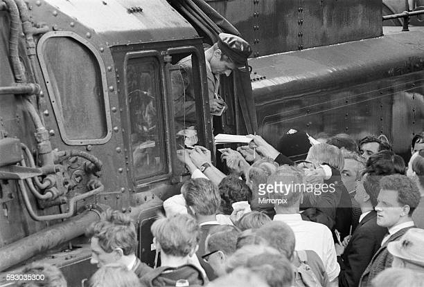 The Stanier engine 'Oliver Cromwell' Liverpool to Carlisle via Manchester Fireman Brian Bradley signs autographs 14th August 1968