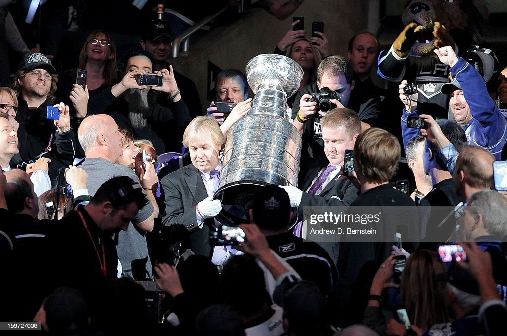 The Stanley Cup is carried in prior to the game between the Los Angeles Kings and the Chicago Blackhawks at Staples Center on January 19, 2013 in Los Angeles, California.