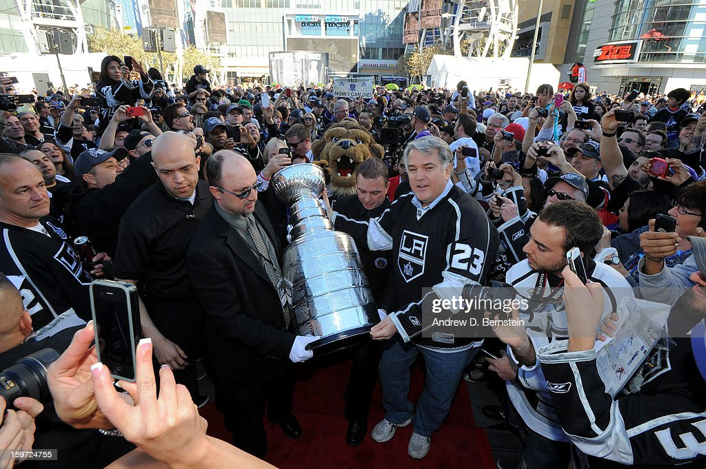 The Stanley Cup is carried into the Staples Center prior to the game between the Los Angeles Kings and the Chicago Blackhawks at Staples Center on January 19, 2013 in Los Angeles, California.