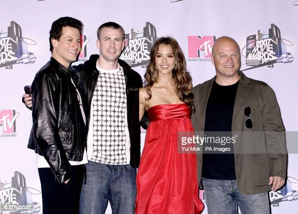 Rise of the Silver Surfer Ioan Gruffudd Chris Evans Jessica Alba and Michael Chiklis at the 2007 MTV Movie awards at the Gibson Amphitheatre...
