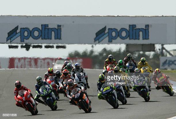The start of the MotoGP during the Australian MotoGP at the Phillip Island Circuit October 16 2005 in Phillip Island Australia