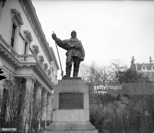 The statue of Captain Robert Falcon Scott in Waterloo Place London The sculptor was the widow of Captain Scott Kathleen Scott who had trained under...