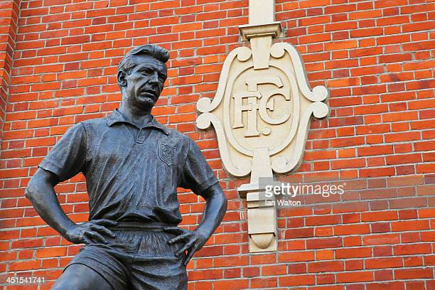 The statue of Johnny Haynes is seen prior to kickoff during the Barclays Premier League match between Fulham and Swansea City at Craven Cottage on...