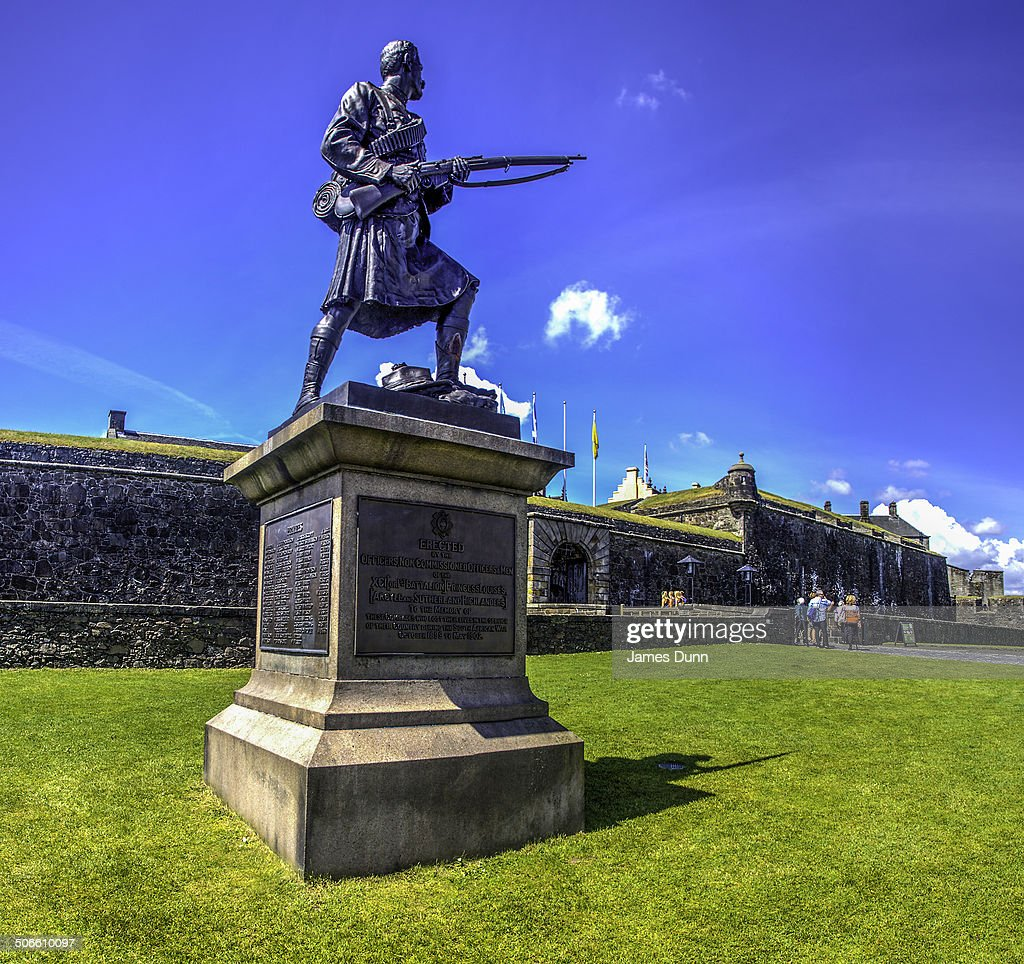 CONTENT] The Statue to the Argyll and Sutherland Highlanders Stirling Castle Scotland In 2006 the familiar kilted bronze statuewas returned once...