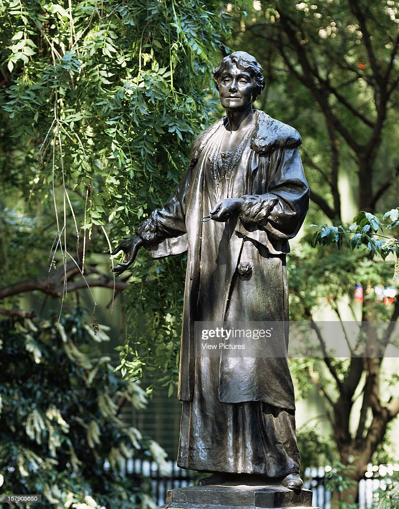 The Statues Of London,United Kingdom, Architect London, The Statues Of London Book Emmeline Pankhurst By Arthur Walker (1861-1939) Material Bronze Unveiled 1930 Location Victoria Tower Gardens, Sw1.