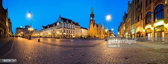 Wroclaw photos et images de collection getty images - Villa maribyrnong par grant maggs architects ...