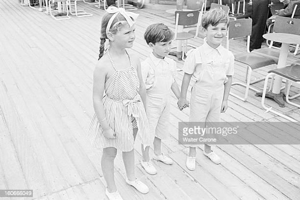 The Summer Season In Deauville Seen By The Journal Of Paris Reportage sur Deauville et ses plages juillet 1950 la mode enfantine a la simplicité des...