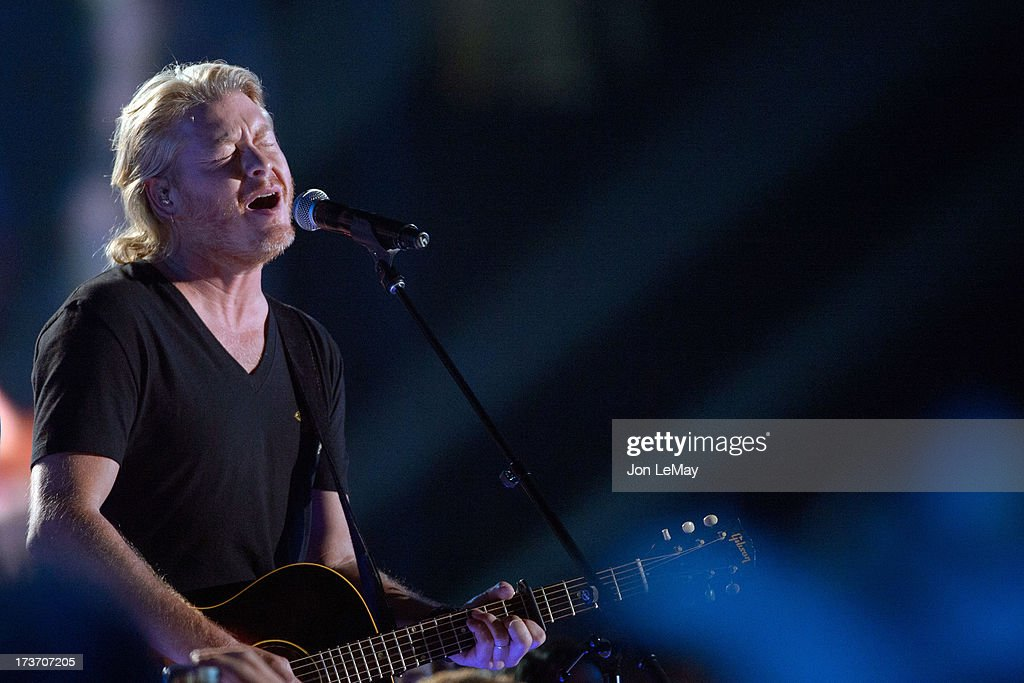 S NIGHT TO ROCK - The summer's hottest television music event, 'CMA Music Festival: Country's Night to Rock,' airs on MONDAY, AUGUST 12 (8:00-11:00 p.m., ET) on the ABC Television Network. PHILIP