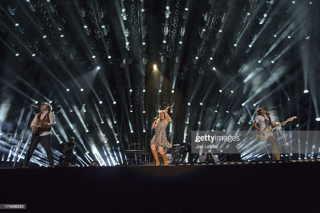 S NIGHT TO ROCK - The summer's hottest television music event, 'CMA Music Festival: Country's Night to Rock,' airs on MONDAY, AUGUST 12 (8:00-11:00 p.m., ET) on the ABC Television Network. THE