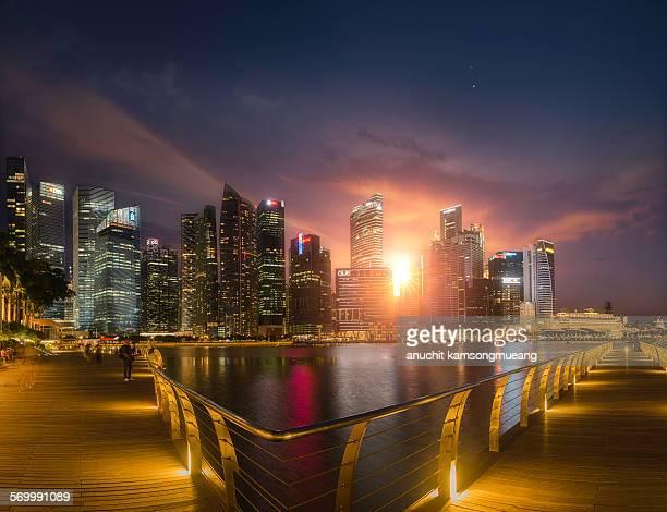 The sun at Marina Bay