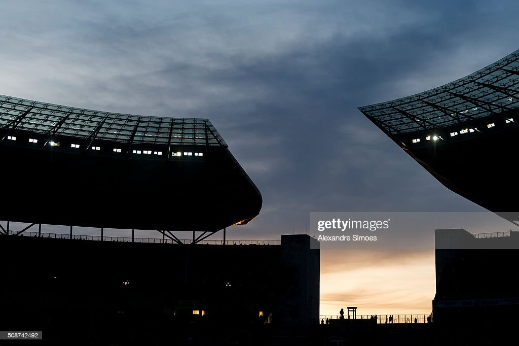 The sun goes down during the Bundesliga match between Hertha BSC and Borussia Dortmund at Olympiastadion on February 06, 2016 in Berlin, Germany.