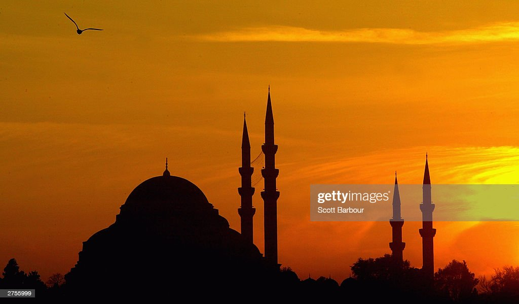 The sun sets over Hagia Sophia mosque November 23, 2003 in Istanbul, Turkey. Daily life is returning to normal after bomb attacks on the British consulate and the HSBC bank headquarters killed 27 people and left hundreds injured last week.