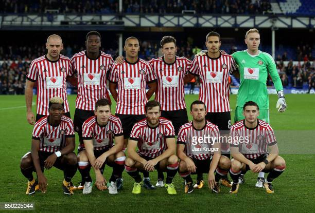 The Sunderland team pose for a team photo with the Bradley Lowery Foundation sponsor logo on their match shirts prior to the Carabao Cup Third Round...