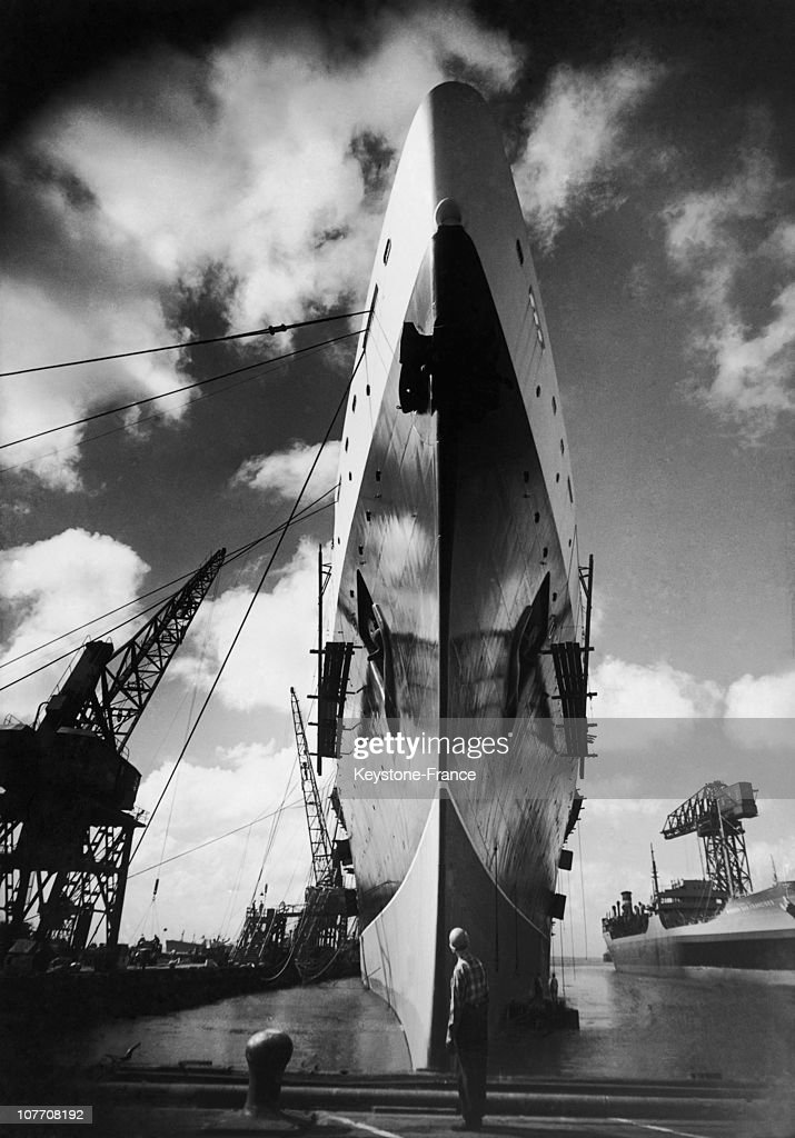 The SuperLuxury Liner American 'United States' In The Shipyards Of Newport News In Virginia In 1952