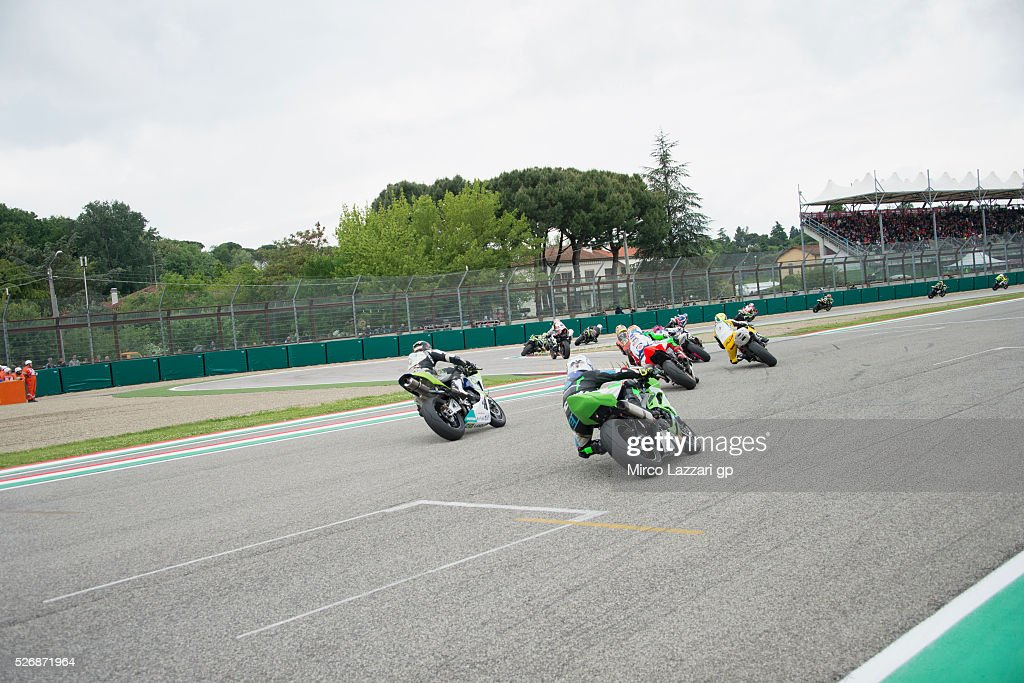 The Supersport riders round the bend during the Supersport race during the World Superbikes - Race at Enzo & Dino Ferrari Circuit on May 10, 2015 in Imola, Italy.