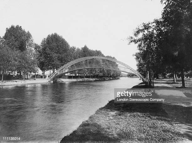 The suspension bridge at Bedford Bedfordshire circa 1895