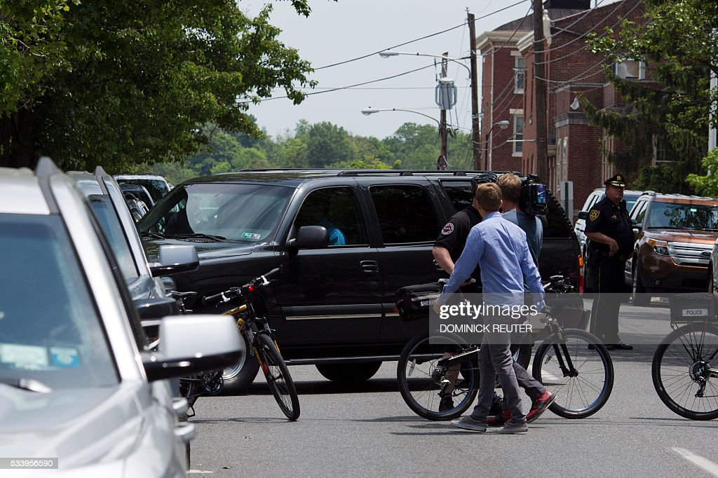 The SUV transporting comedian Bill Cosby leaves the Montgomery County Courthouse after Cosby was ordered to stand trail for assault charges, May 24, 2016, in Norristown, Pennsylvania. Disgraced television legend Bill Cosby will face trial over accusations that he sexually assaulted a woman after plying her with drugs at his Philadelphia home 12 years ago, a judge ruled Tuesday.The 78-year-old pioneering black comedian looked subdued and kept his glance averted from onlookers as he left a county court house in Pennsylvania, dressed in a grey suit and floral tie, leaning on a member of his entourage. REUTER