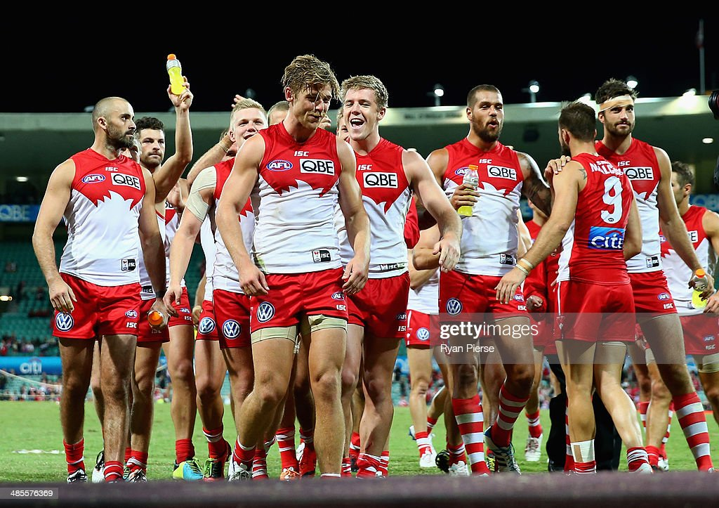 The Swans celebrate after the round five AFL match between the Sydney Swans and the Fremantle Dockers at Sydney Cricket Ground on April 19, 2014 in Sydney, Australia.