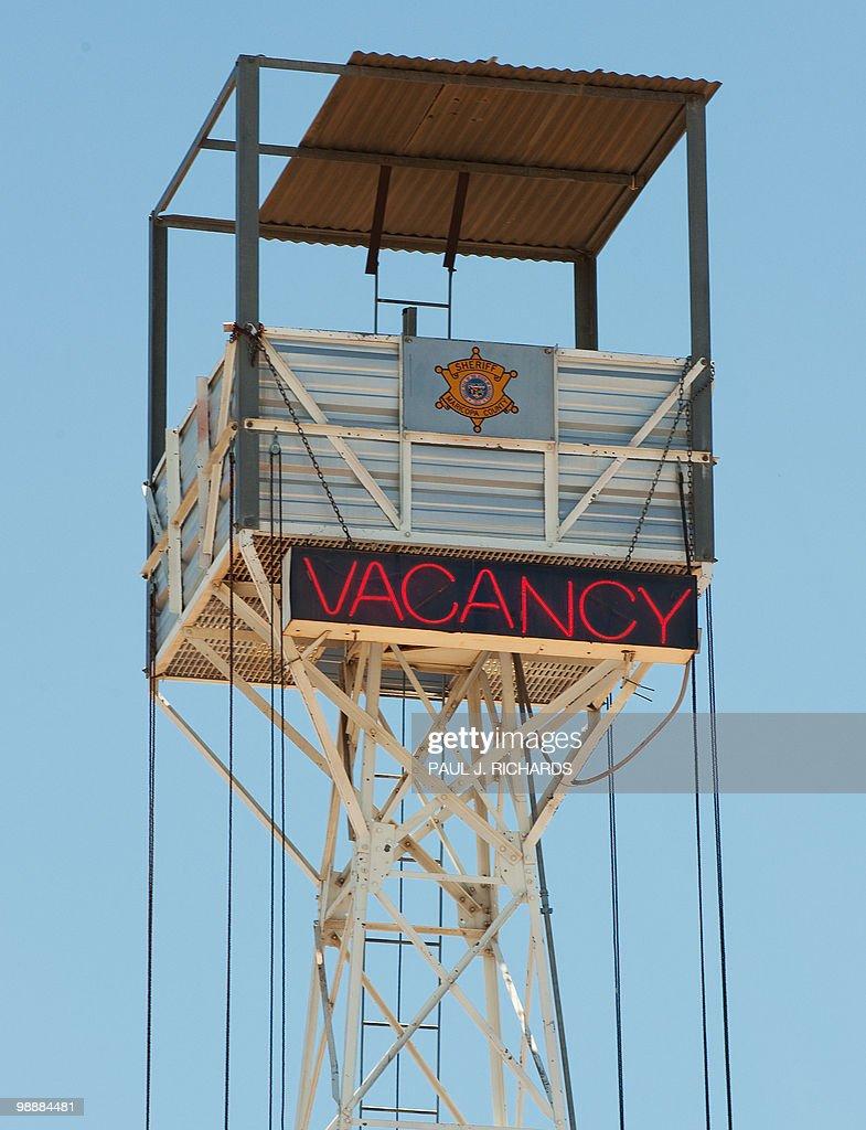 Maricopa County Jail Vacancy Sign