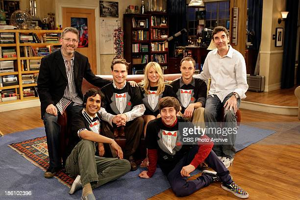'The Tangerine Factor' The cast of THE BIG BANG THEORY Kunal Nayyar Johnny Galecki Kaley Cuoco Jim Parsons and Simon Helberg on set with executive...