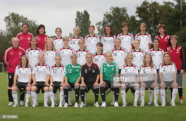 The team Assistant coach Verena Hagedorn physiotherapist Beate Schwendner Nicole Rolser Franziska Knoop Rosali Sirna Ramona Petzelsberger AnjaMaike...