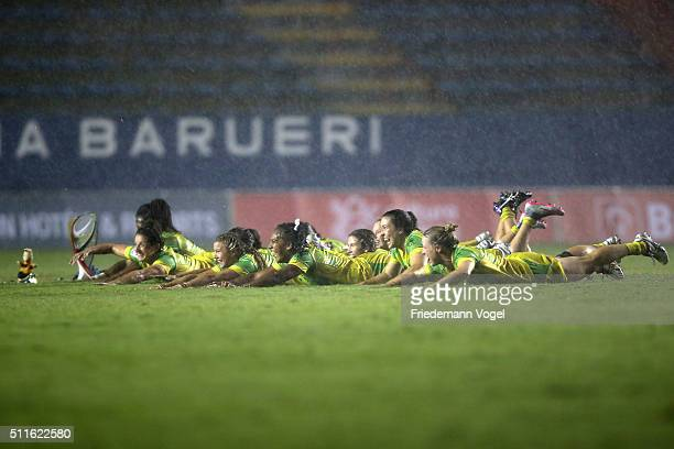 The team of Australia celebrates after winning the final against Canada during the Women's HSBC Sevens World Series at Arena Barueri on February 21...