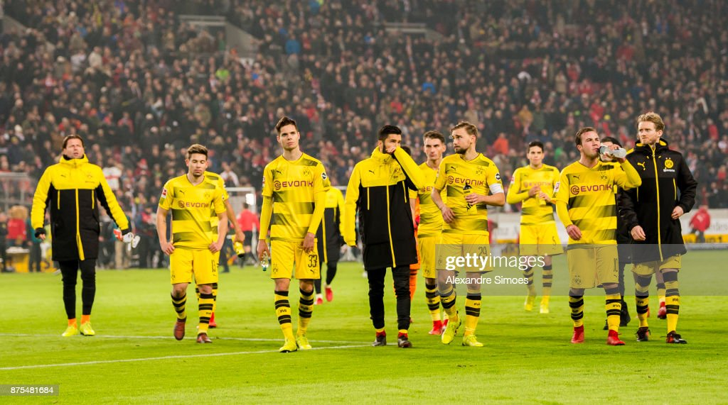 The team of Borussia Dortmund after the final whistle during the Bundesliga match between VfB Stuttgart and Borussia Dortmund at Mercedes-Benz Arena on November 11, 2017 in Stuttgart, Germany.