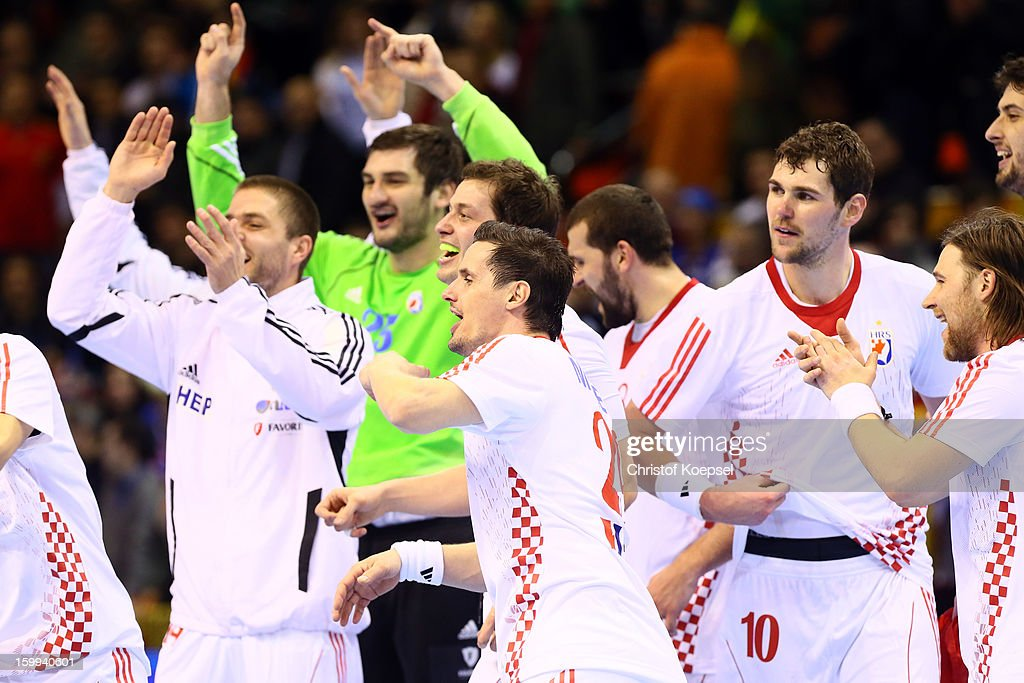 The team of Croatian celebrates the 30-23 victory after the quarterfinal match between France and Croatia at Pabellon Principe Felipe Arena on January 23, 2013 in Barcelona, Spain.