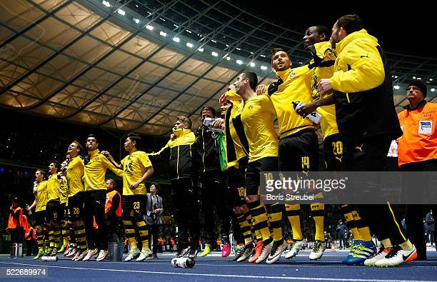 The team of Dortmund celebrate after winning the DFB Cup semi final match between Hertha BSC and Borussia Dortmund at Olympiastadion on April 20 2016...