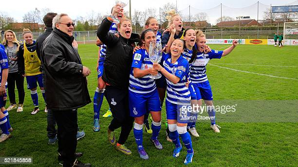 The team of Duisburg celebrates after winning the Women's 2nd Bundesliga match between BV Cloppenburg and MSV Duisburg on April 17 2016 in...
