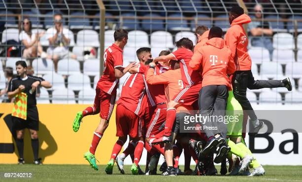 The team of FC Bayern Muenchen celebrates scoring the second goal during the B Juniors German Championship Final between FC Bayern Muenchen and SV...