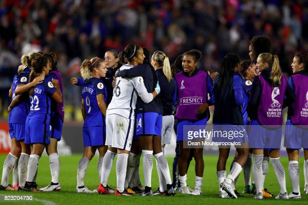 The team of France celebrate victory over Switzerland during the Group C match between Switzerland and France during the UEFA Women's Euro 2017 at...