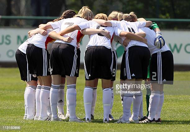 The team of Germany comes together prior to the U15 women's international friendly match between Germany and Netherlands at Stadium Venhauser street...