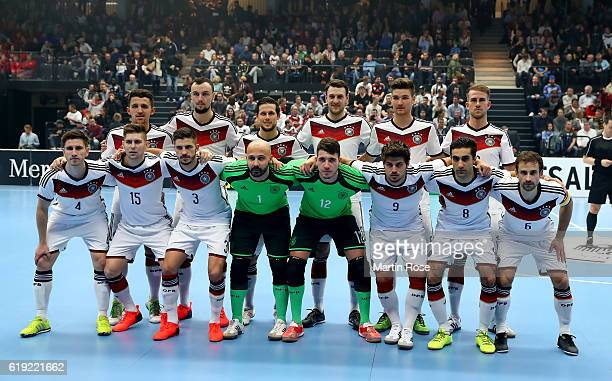 The team of Germany line up before the Futsal International Friendly match between Germany and England at Inselparkhalle on October 30 2016 in...