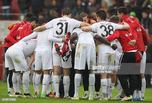 The team of Hannover 96 stand together after the Bundesliga match between FC Ingolstadt and Hannover 96 at Audi Sportpark on April 23 2016 in...