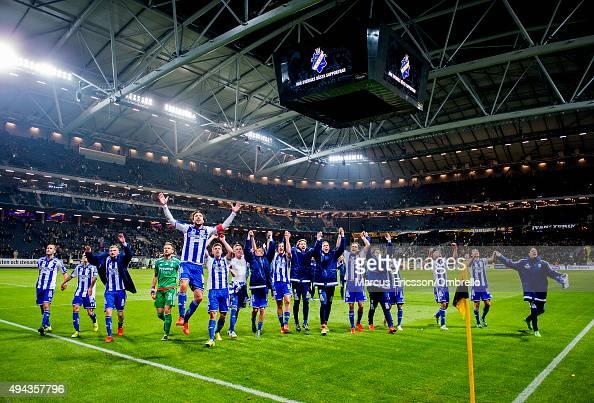 SOLNA SWEDEN OCTOBER The team of IFK Goteborg celebrate after the Allsvenskan match between AIK and IFK Goteborg at Friends arena on October 26 2015...