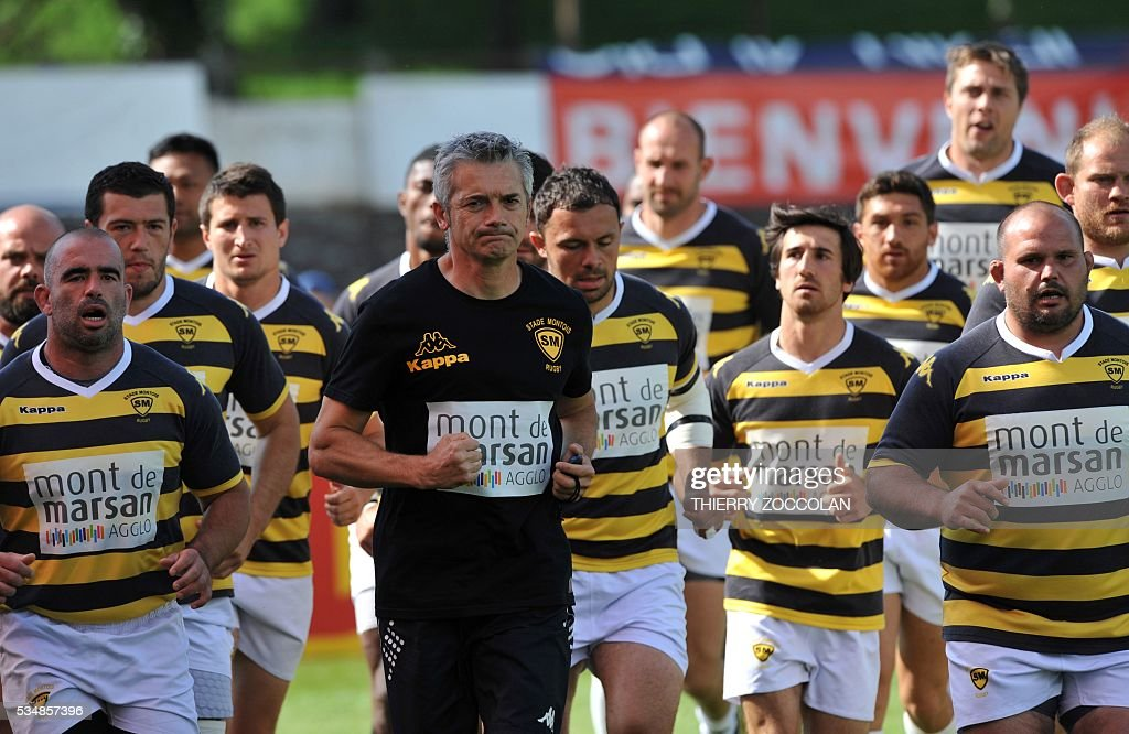 The team of Mont de Massan is training before the French Union Pro D2 rugby match Aurillac vs Mont-de-Marsan at the Jean Alric stadium in Aurillac, central France, on May 28, 2016.
