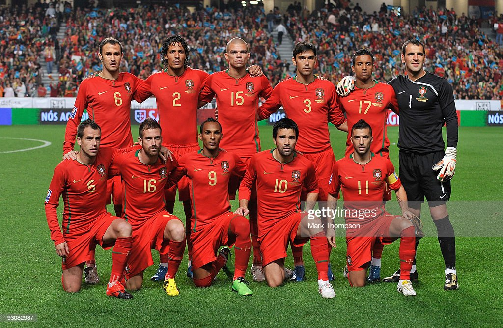 The team of Portugal pose for a team picture prior to the FIFA 2010 European World Cup qualifier first leg match between Portugal and Bosnia-Herzegovina at the Luz stadium on November 14, 2009 in Lisbon, Portugal.