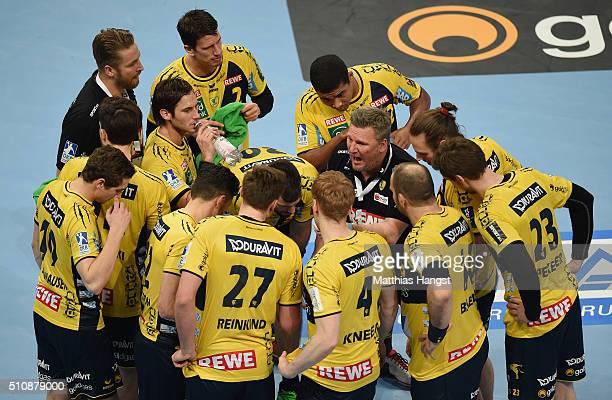 The team of RheinNeckar Loewen seen during the DKB HBL Bundesliga match between RheinNeckar Loewen and SG Flensburg Handewitt at SAP Arena on...