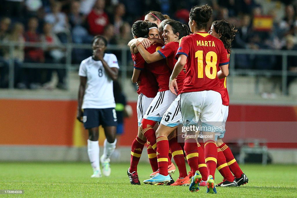The team of Spain celebrates the 3-2 victory after the UEFA Women's EURO 2013 Group C match between England and Spain at Linkoping Arena on July 12, 2013 in Linkoping, Sweden. The match between England and Spain ended 2-3.