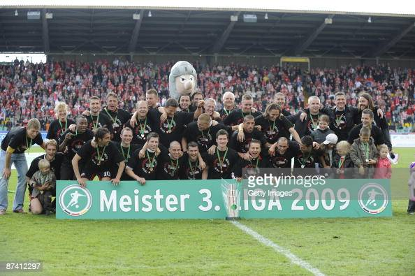 The Team of Union Berlin celebrates the 3Ligachampion during the 3 Liga match between 1FC Union Berlin and RotWeiss Erfurt at the...