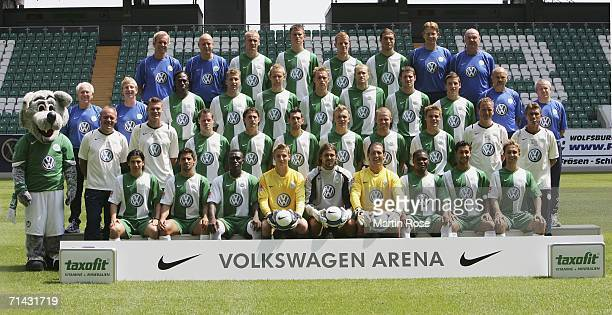The team of VfL Wolfsburg Juan Carlos Menseguez Alex Domingos Isaac Boakye Patrick Platins Simon Jentzsch Andre Lenz Cedrick Makiadi Emre Oeztuerk...