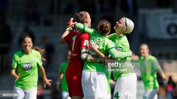 The team pf Wolfsburg celebrate after winning the Allianz Women's Bundesliga match between Turbine Potsdam and VfL Wolfsburg at KarlLiebknechtStadion...