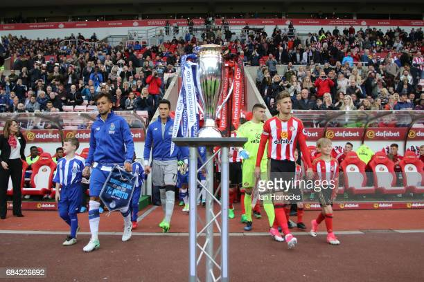 The teams emerge for the kick off during the Premier League International Cup Final match between Sunderland and Porto at Stadium of Light on May 17...