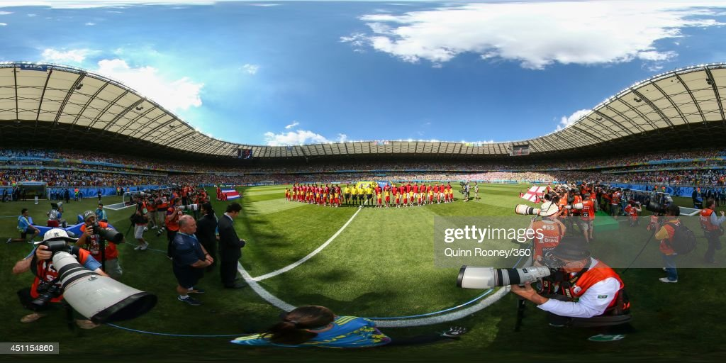 The teams line up before the 2014 FIFA World Cup Brazil Brazil Group D match between Costa Rica v England at Estadio Mineirao on June 24, 2014 in Belo Horizonte, Brazil.