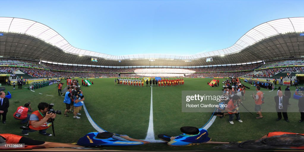 The teams line up prior to the FIFA Confederations Cup Brazil 2013 Group B match between Nigeria and Spain at Castelao on June 23, 2013 in Fortaleza, Brazil.
