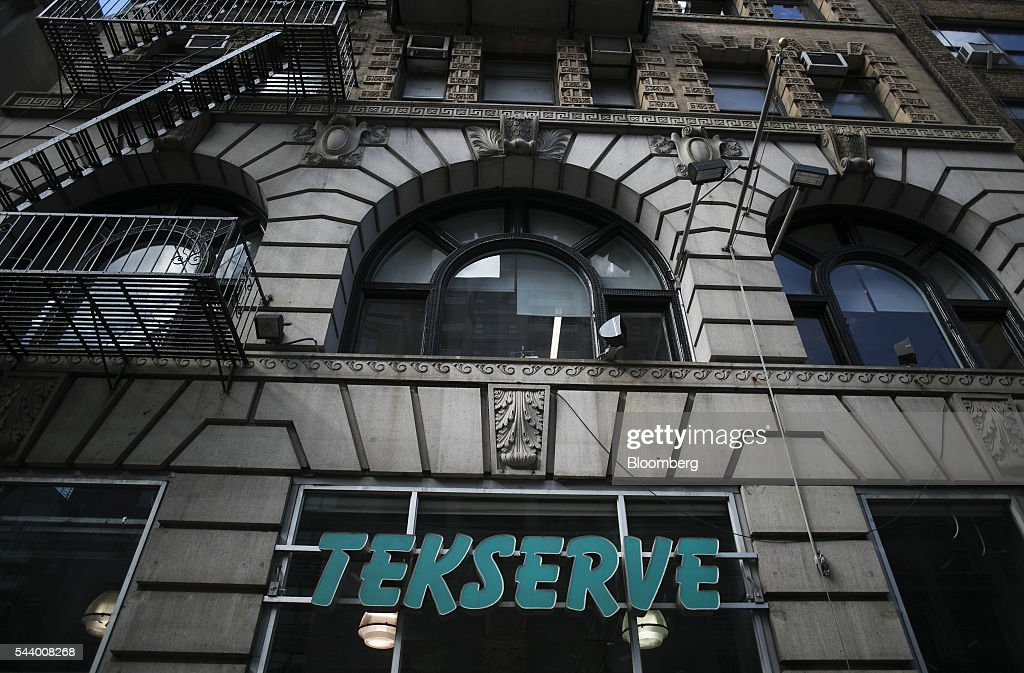 The Tekserve store stands on 23rd Street in New York, U.S., on Thursday, June 30, 2016. New York City's original Apple repair store, Tekserve, is closing, succumbing to competition and rising rents after almost 30 years of servicing computers and providing technical support to local residents. Photographer: Victor J. Blue/Bloomberg via Getty Images